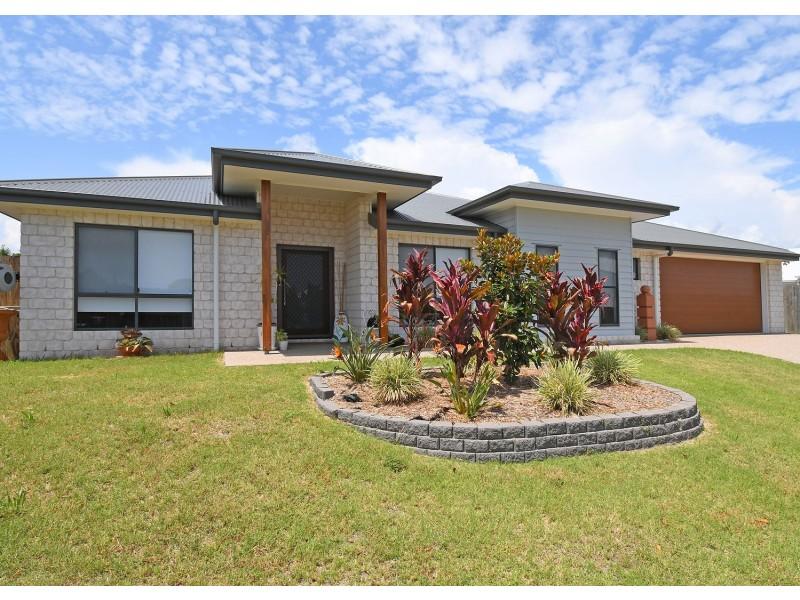 8 Chloe Court, Urangan QLD 4655