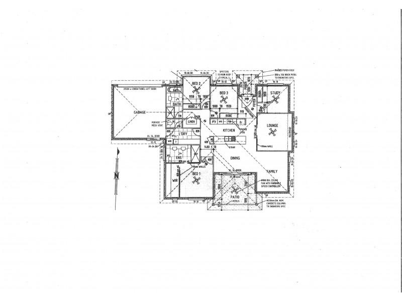 8 Chloe Court, Urangan QLD 4655 Floorplan