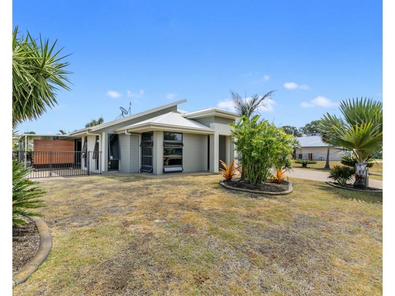 34 Sirenia Drive, Burrum Heads QLD 4659