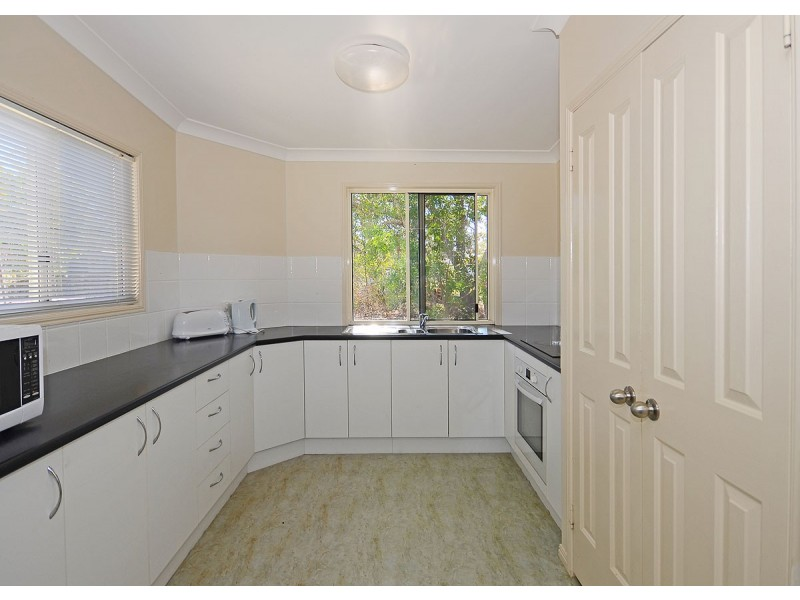 34 Bluewater Drive, Booral QLD 4655