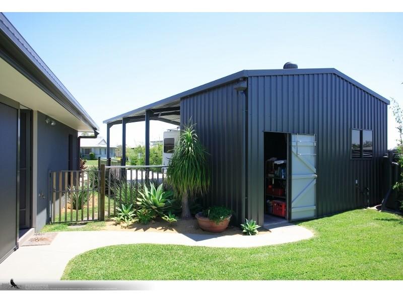 17 Louise Drive, Burrum Heads QLD 4659