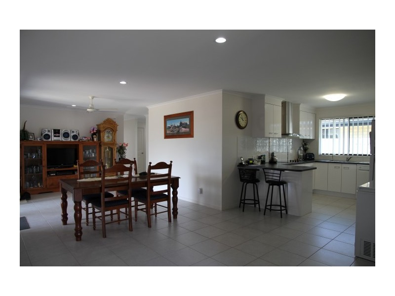Point Vernon QLD 4655