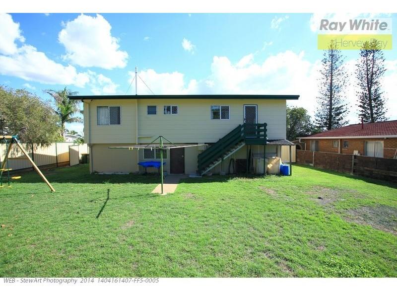 33 Saunders Street, Point Vernon QLD 4655