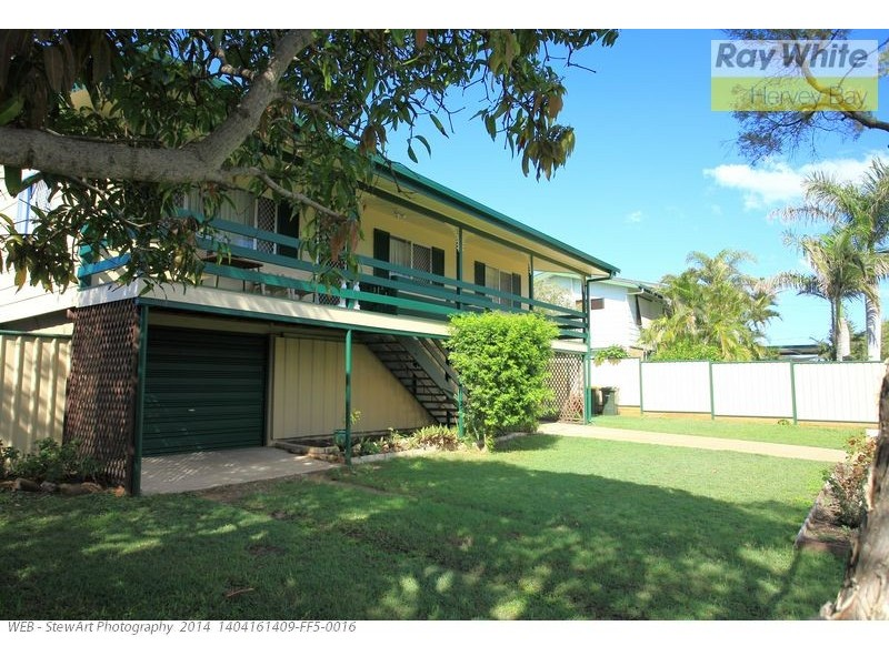 33 Saunders Street, Point Vernon QLD 4655