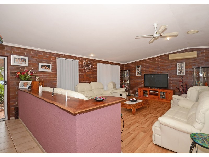30 Acacia Street, Point Vernon QLD 4655