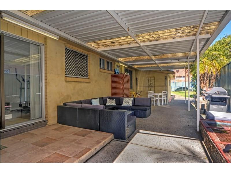 53 Messenger Road, Barrack Heights NSW 2528