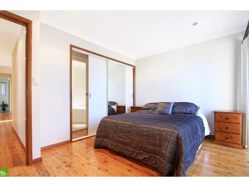 61 Cassia Street, Barrack Heights NSW 2528