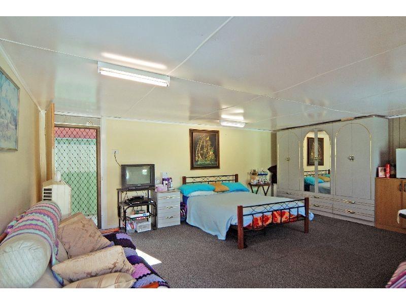 57 Messenger Road, Barrack Heights NSW 2528