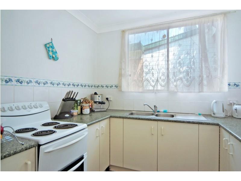 1 Fraser Street, Unanderra NSW 2526
