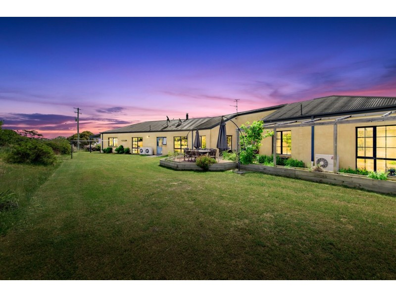 40 Pinebank Lane, Springrange NSW 2618