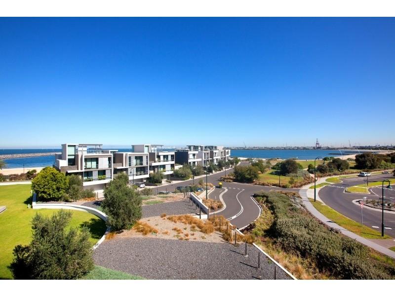 203/159 Beach Street, Port Melbourne VIC 3207