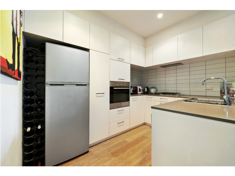 3/5 Liardet Street, Port Melbourne VIC 3207