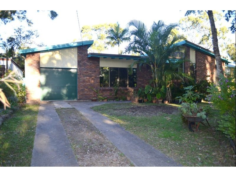 128 Lakes Blvd, Wooloweyah NSW 2464