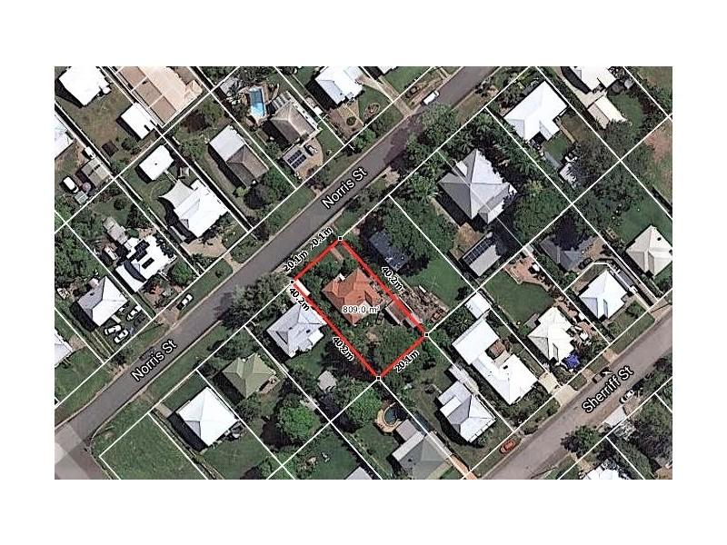 21 Norris Street, Hermit Park QLD 4812