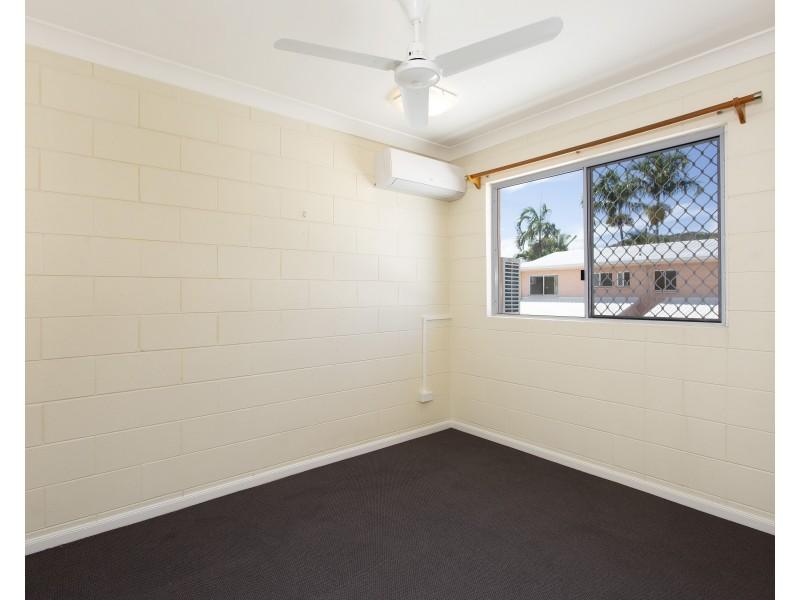 9/22 Marks Street, Hermit Park QLD 4812
