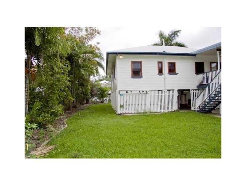 70 Norris Street, Hermit Park QLD 4812