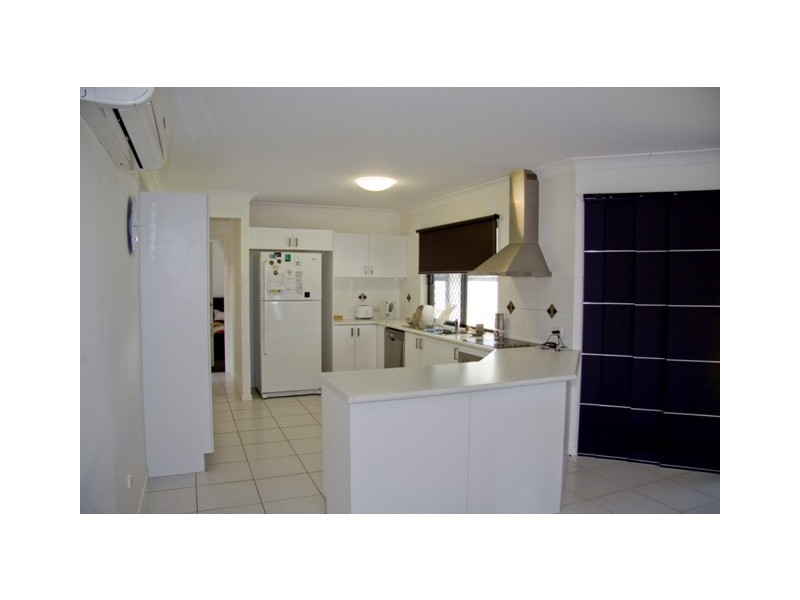 46 Hasty Street, Mount Louisa QLD 4814
