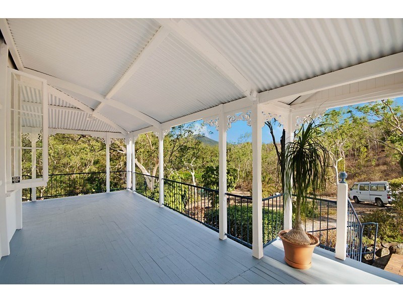 20 Mt Clifton Court, Alligator Creek QLD 4816
