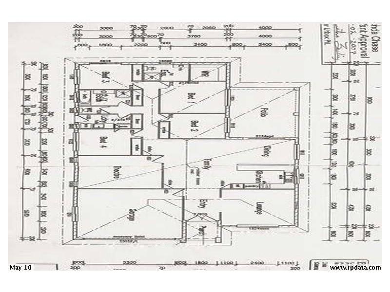 4 Woodswallow Street, Bohle Plains QLD 4817 Floorplan