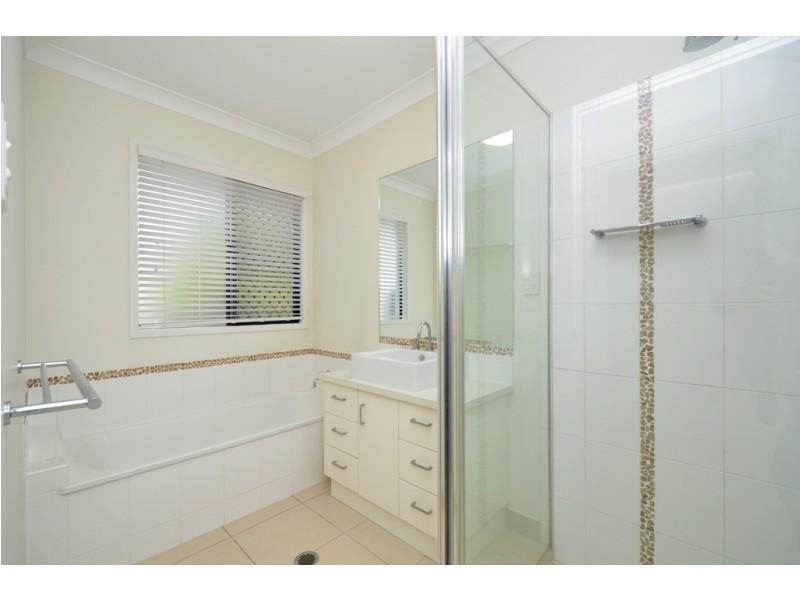 8 Hempel Court, Bushland Beach QLD 4818
