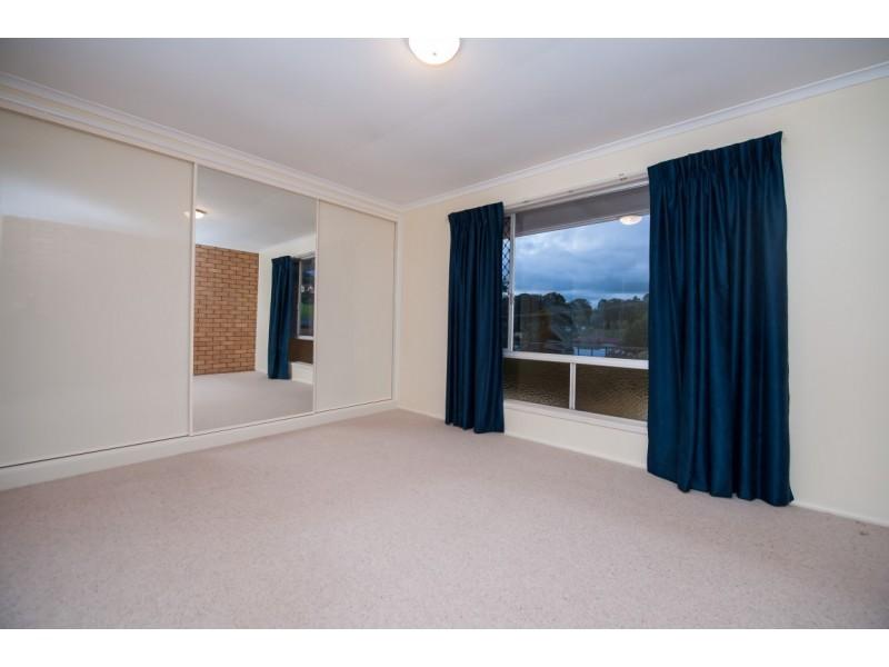 Unit 2/4 Muir Street, Harlaxton QLD 4350