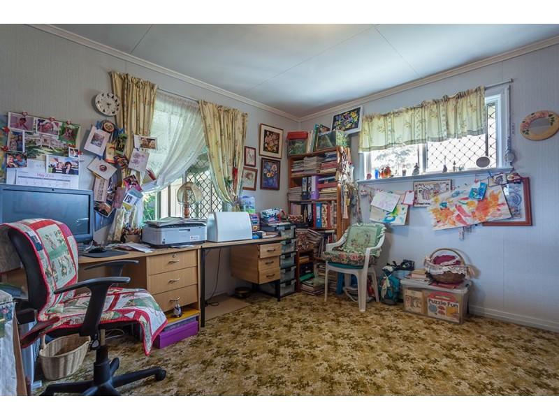 14 Perry Street, Harlaxton QLD 4350