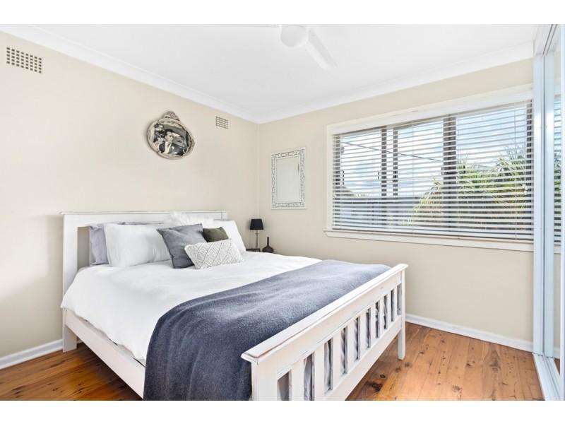 5 Trumper Street, Warilla NSW 2528