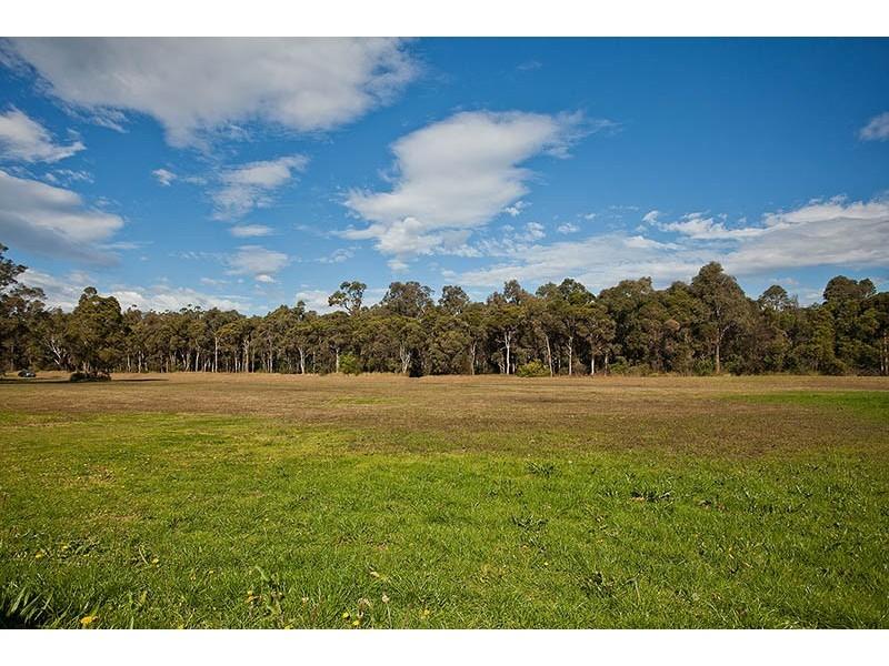 120 Princes Highway, Albion Park Rail NSW 2527