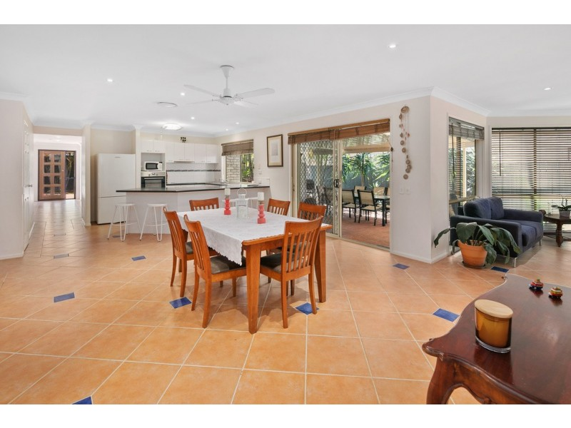 11 Lincoln Close, Alexandra Hills QLD 4161