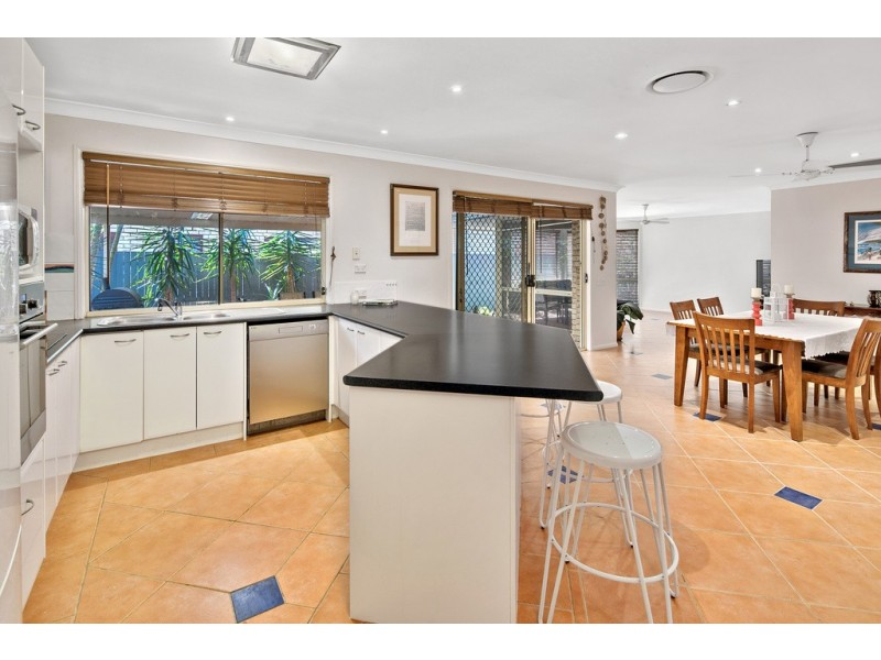 11 Lincoln Close, Alexandra Hills QLD 4161