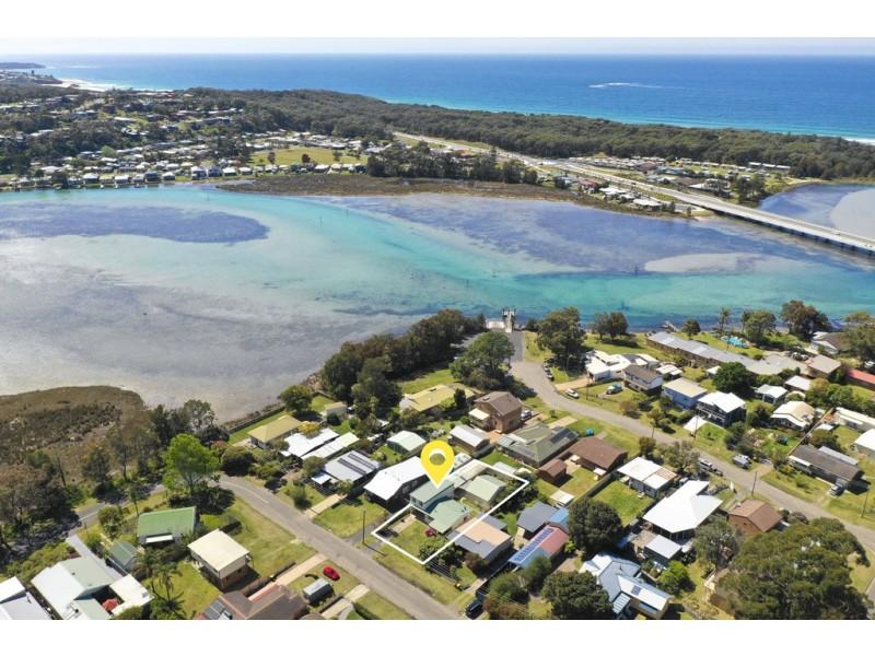 10 Rackham Crescent, Burrill Lake NSW 2539