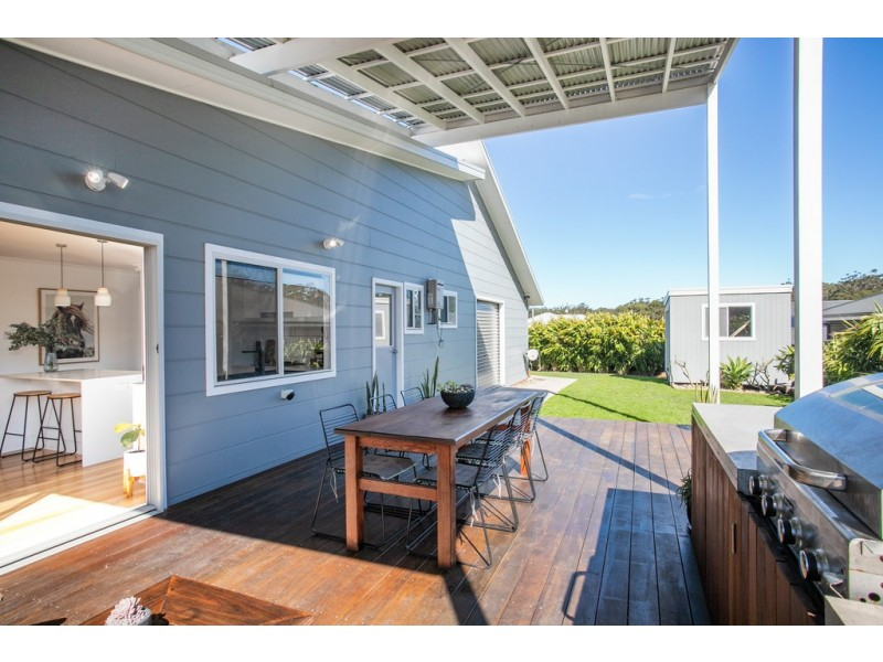 6 Gadara Place, Ulladulla NSW 2539