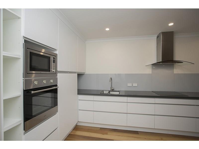 2 / 2 Anglesea Street, East Victoria Park WA 6101
