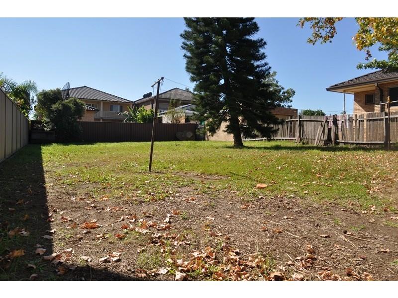 5 Petunia Avenue, Bankstown NSW 2200