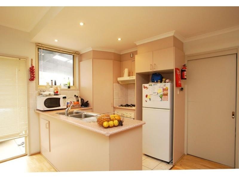 11  BREARLEY PLACE, Roxburgh Park VIC 3064