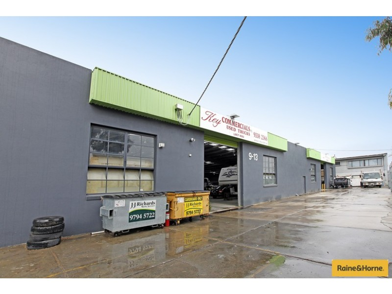 9-13 McIntosh Street, Airport West VIC 3042