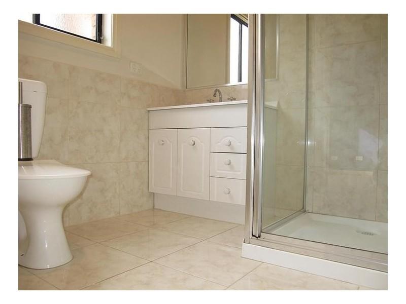 42 St Vincent Way, Caroline Springs VIC 3023