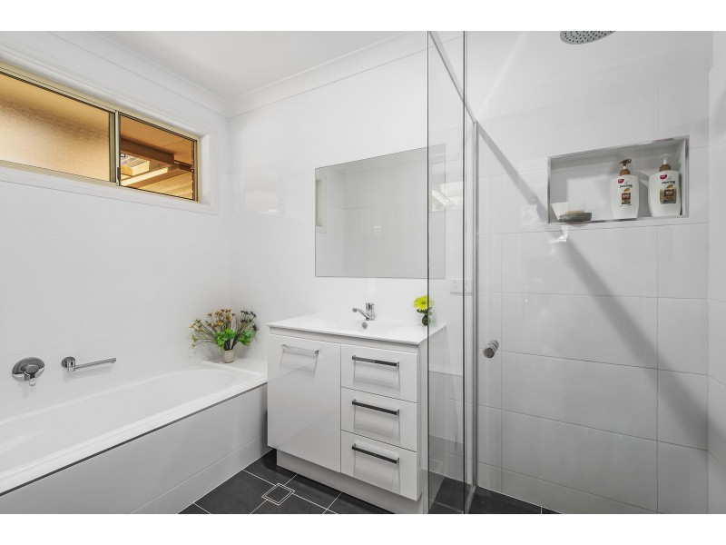 21 Siren Road, Port Macquarie NSW 2444