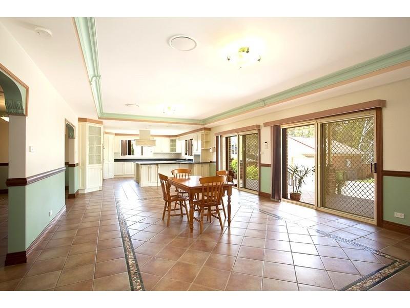 37 Begovich Cres, Abbotsbury NSW 2176