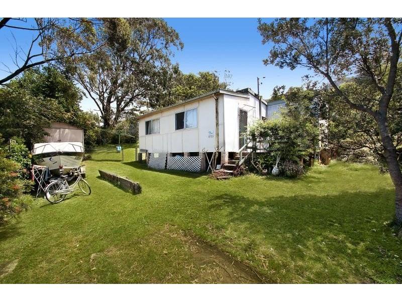 9 Squires Crescent, Coledale NSW 2515