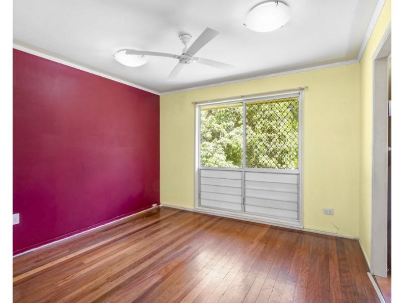 16 Crystal Street, Cooroy QLD 4563