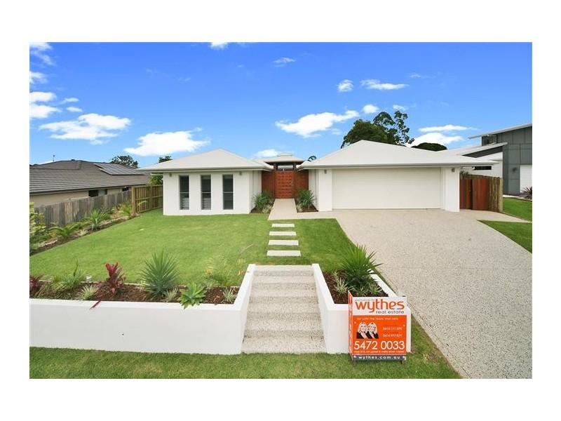 10 Straker Drive, Cooroy QLD 4563