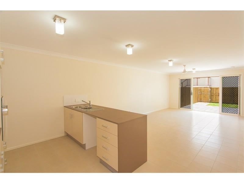 2/14 Opal Street, Cooroy QLD 4563