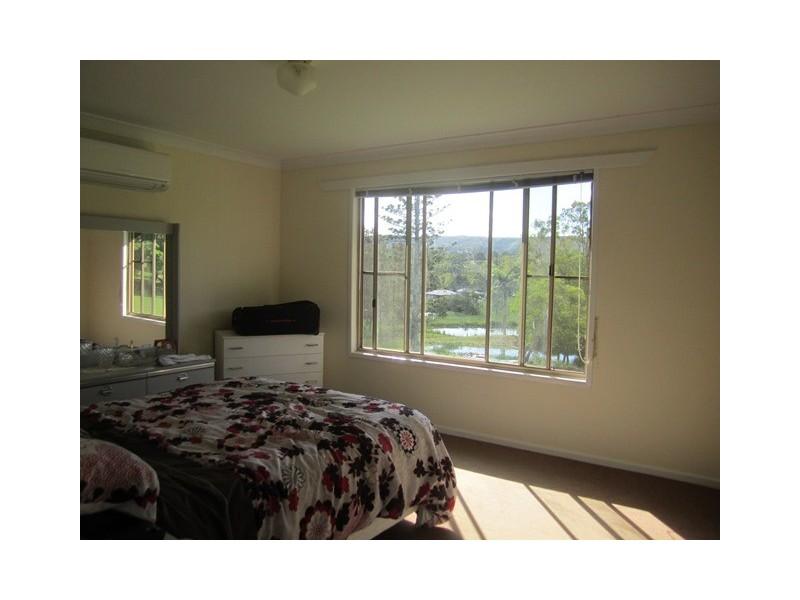 37 Mountain View Road, Pinbarren QLD 4568