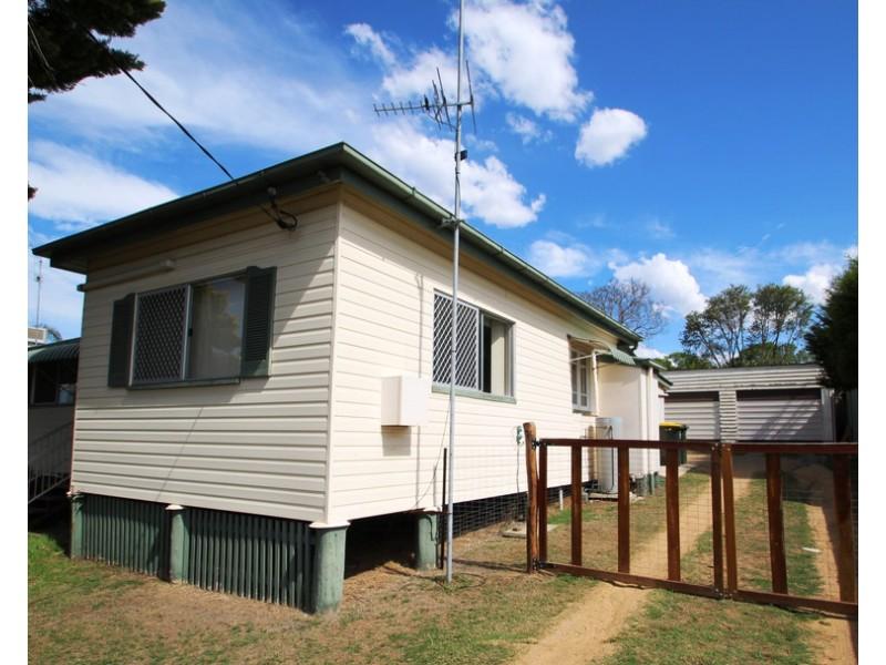 134 Wood, Warwick QLD 4370