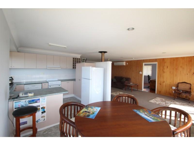 83 Canningvale Rd, Warwick QLD 4370