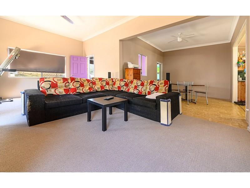 36 Glen Rd, Warwick QLD 4370