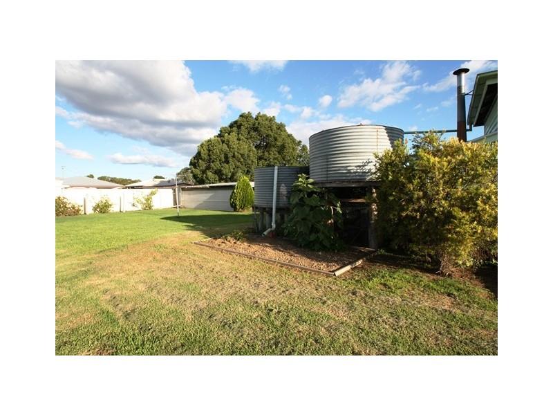 17 Herbert Street, Allora QLD 4362