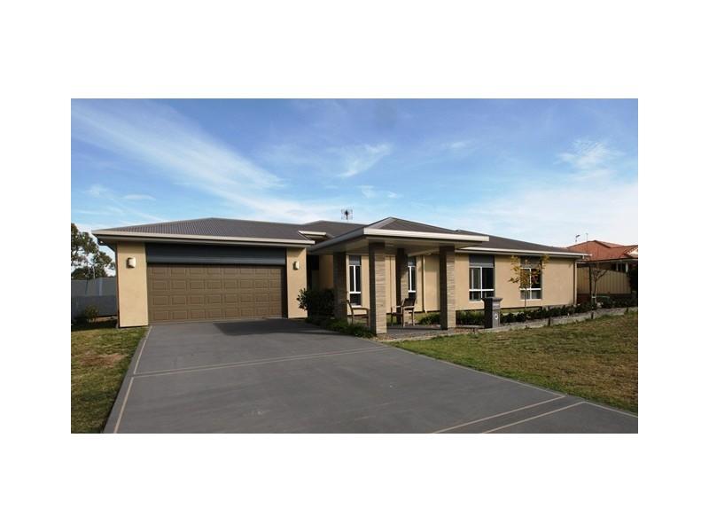 4 Baguley Street, Warwick QLD 4370