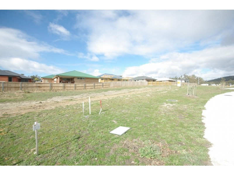 11 Homestead Place, Kingston TAS 7050